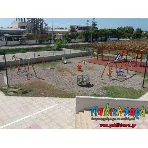 Παιδική χαρά στο αθλητικό κέντρο Γαστούνης