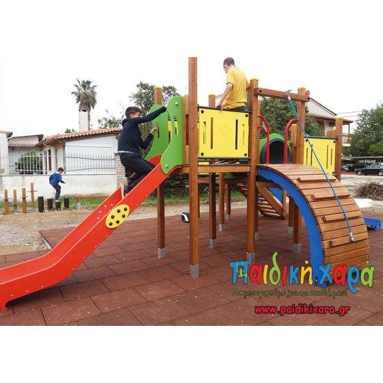 Σύνθετο όργανο παιδικής χαράς με τούνελ, τσουλήθρες και αναρρίχηση